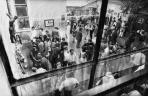 Szabadtéri Tárlat az iskola udvarán, Szabadtéri Tárlat az iskola udvarán,  Szentendre, 1971 (balra M. G. Corpusa)
