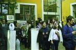 Szabadtéri Tárlat az iskola udvarán, Szentendre, 1971 (középen M. G. szobrai)