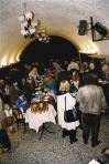 I. Emlékkiállításának fogadása a Művelődési Központ Barlang termében, Szentendre, 1999