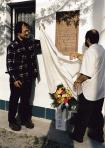 Emléktáblájának avatója, 2000, Szentendre (balról A. J., H. Gy.)